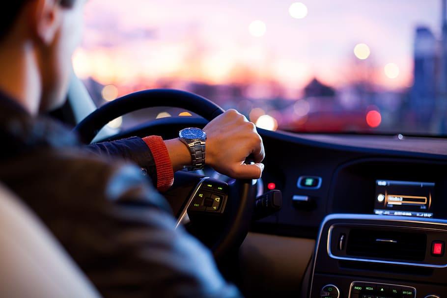 LetMePark para Alexa. Aparca mientras conduces